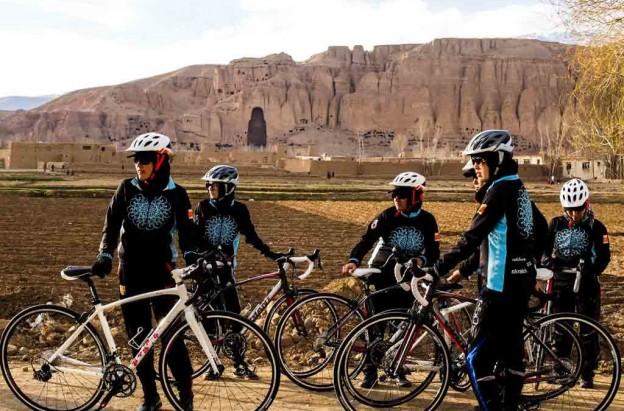 mujers-ciclistas-afganistan-1024x675